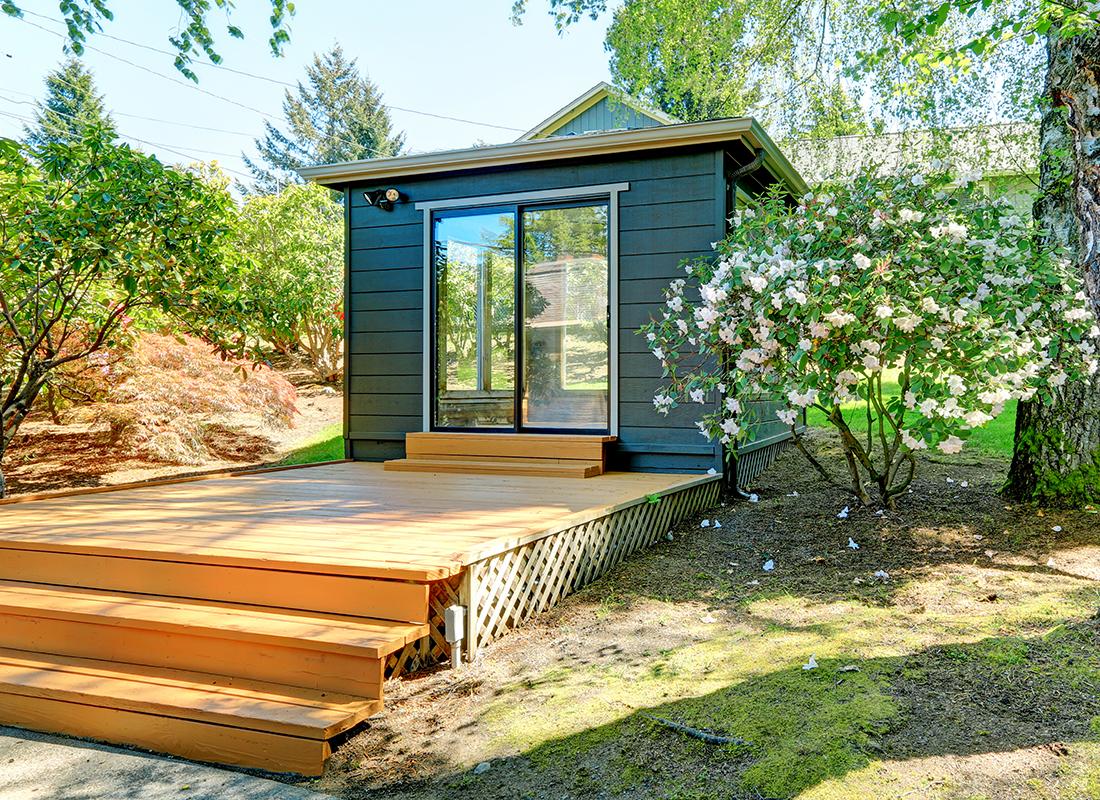 Gartenhaus gestalten Foto: AdobeStock_Iriana_Shiyan